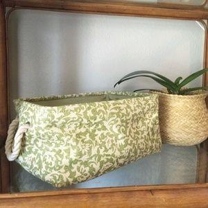 Jute floral medium size basket
